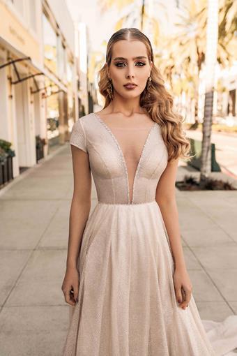 Elly Bride Style no. Drew