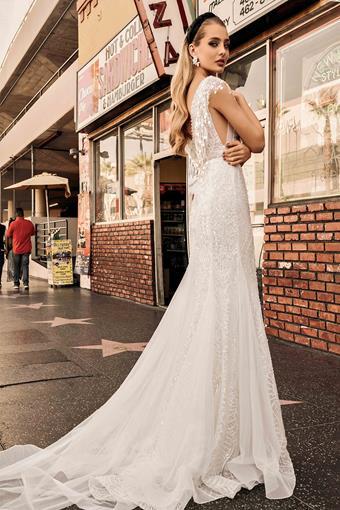Elly Bride Style no. Elizabeth