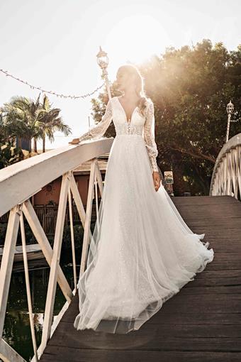 Elly Bride Style no. Gwyneth