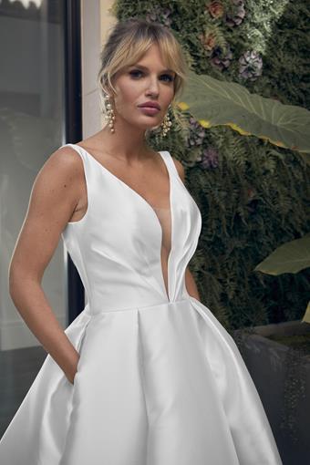 Style LE104 Anastasie