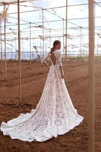 Ari Villoso Style #Sabina