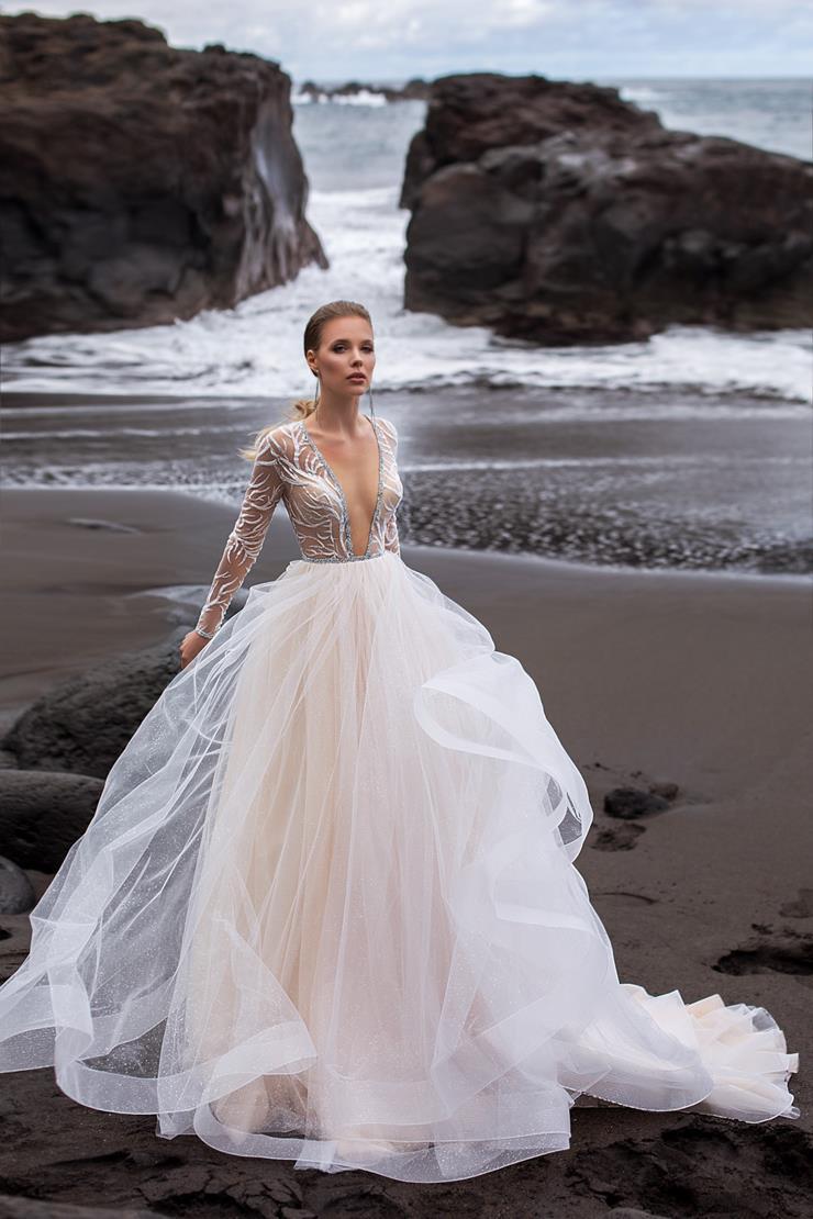 Ari Villoso Style #Vivian