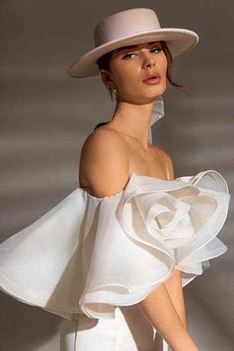 Ari Villoso Style #Abigail