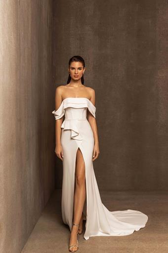 Ari Villoso Style #Olivia