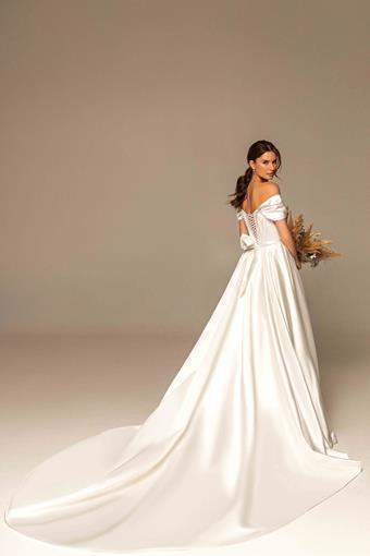 Ari Villoso Style #Sophia