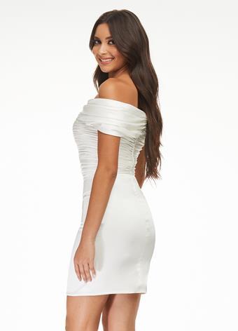 Ashley Lauren 4452