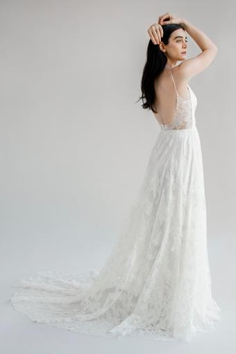 Truvelle Bridal Amy