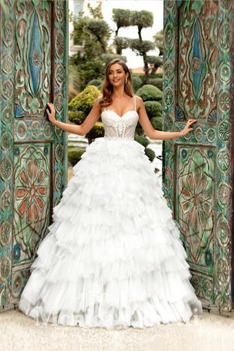 Monica Loretti Style No. 8207