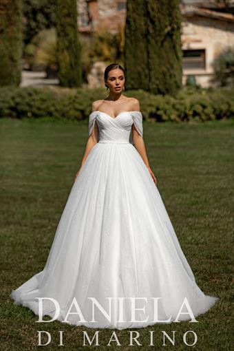 Daniela Di Marino Style #6343