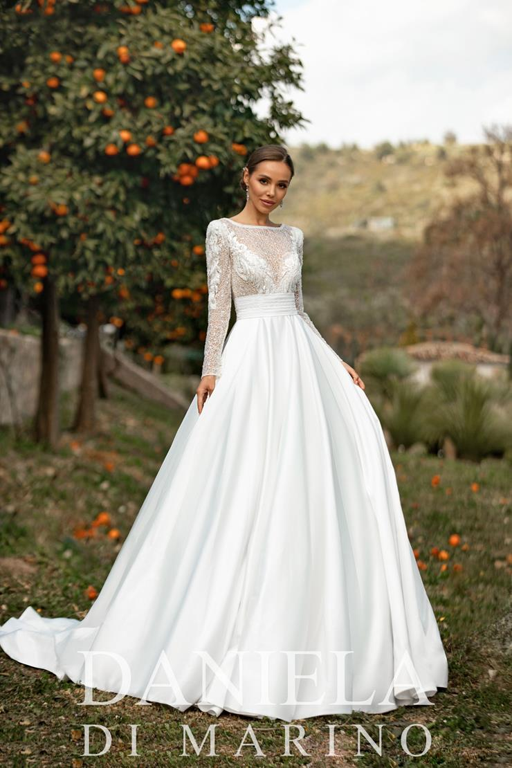 Daniela Di Marino Style #6347