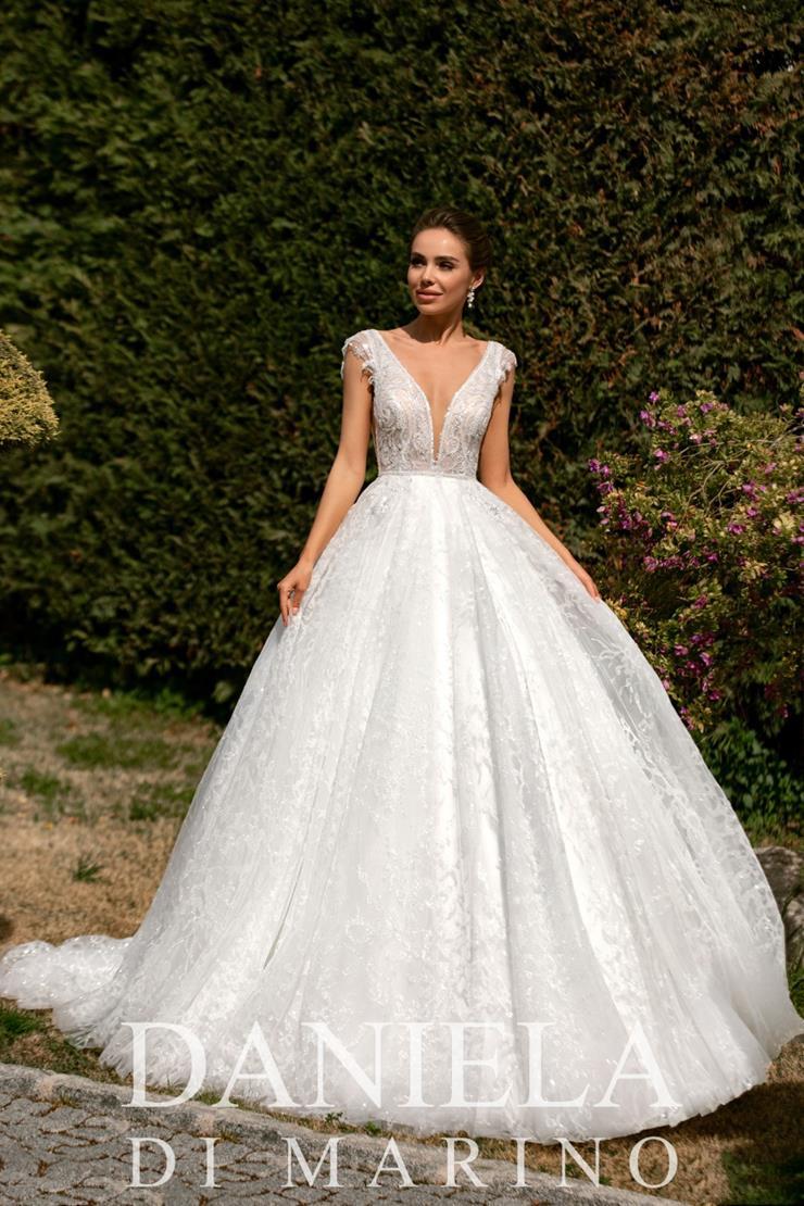 Daniela Di Marino Style #6354