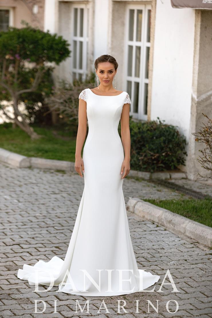 Daniela Di Marino Style #6361