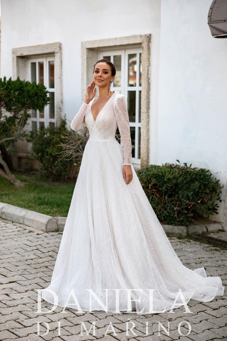 Daniela Di Marino Style #6363