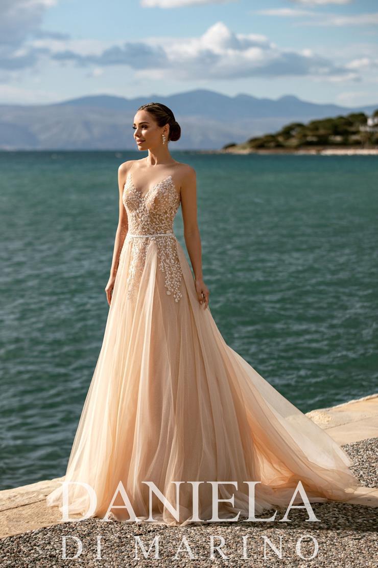 Daniela Di Marino Style #6364