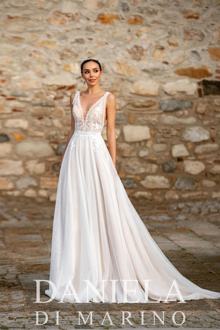 Daniela Di Marino Style #6366