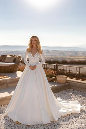 Elly Bride #Bernadette