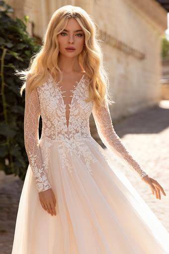 Elly Bride #Corinn