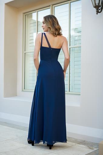 B2 Bridesmaids Style no. B233061