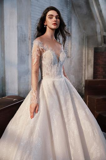 La Premiere Couture Style La Valse