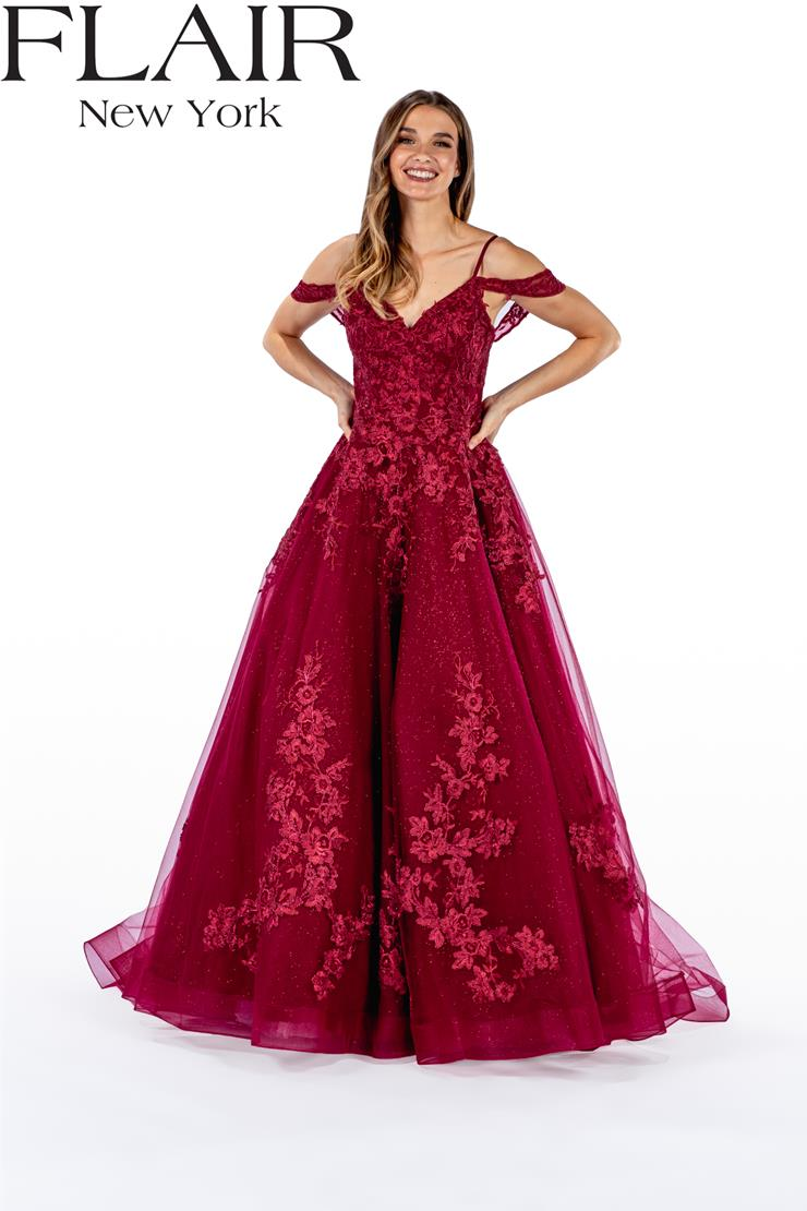 Flair Prom Style: 22429 Image