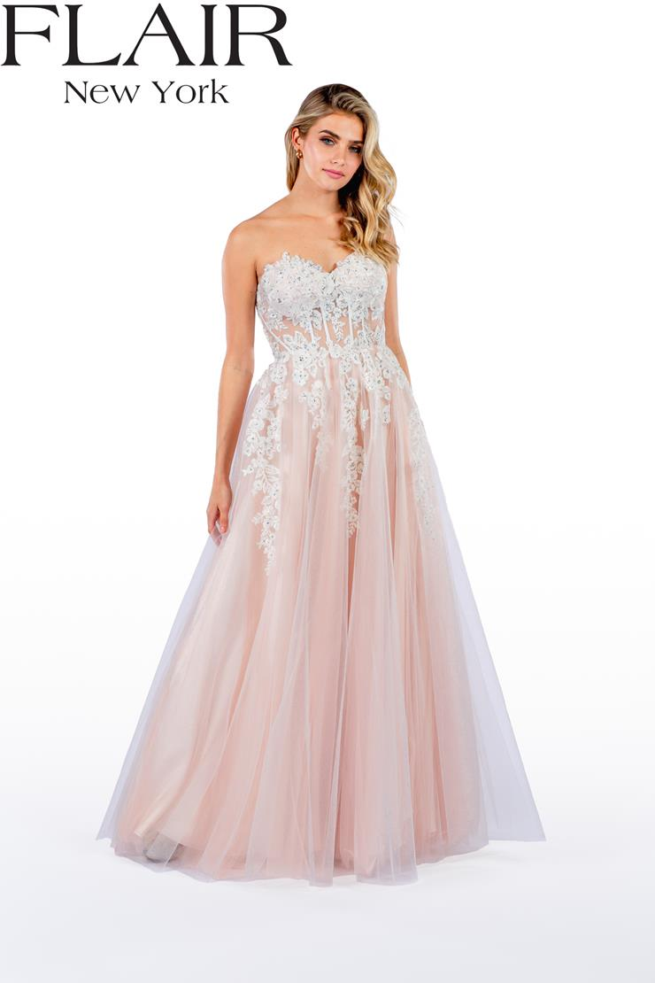 Flair Prom Style: 22445 Image