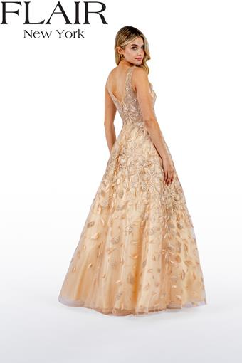 Flair Prom Style #22497