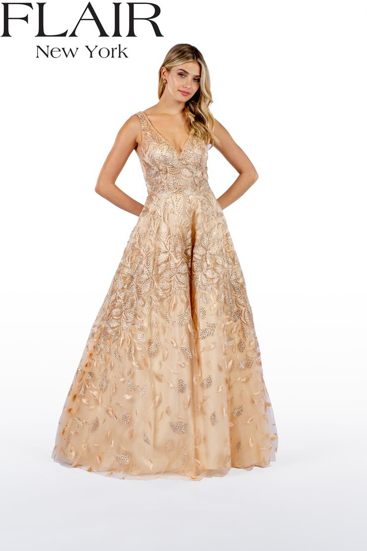 Flair Prom Style #22497 Image