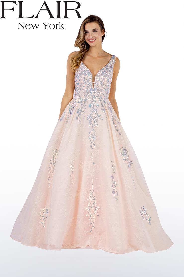 Flair Prom Style #22498 Image