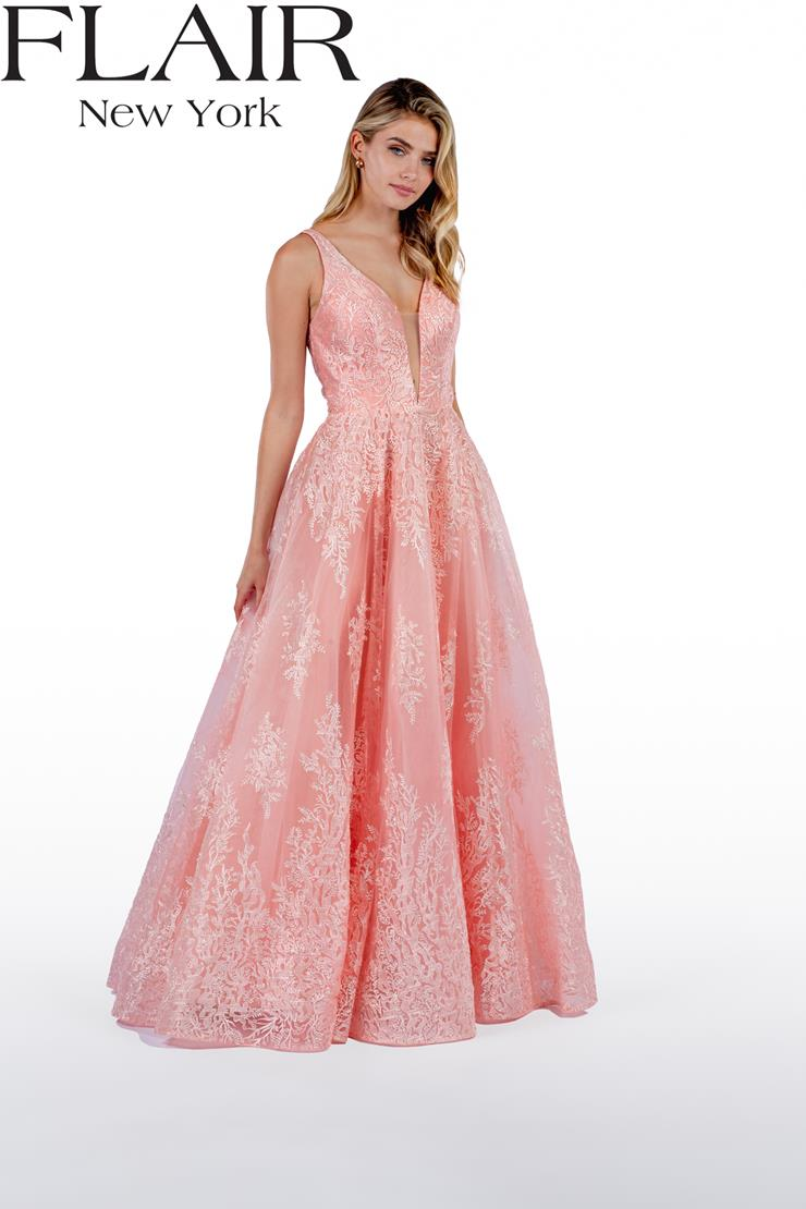 Flair Prom Style #22499 Image