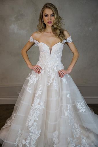 Estee Couture Blanca