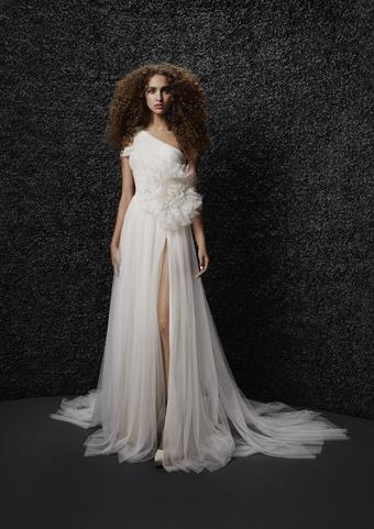 Vera Wang Bride Style #Brigitte