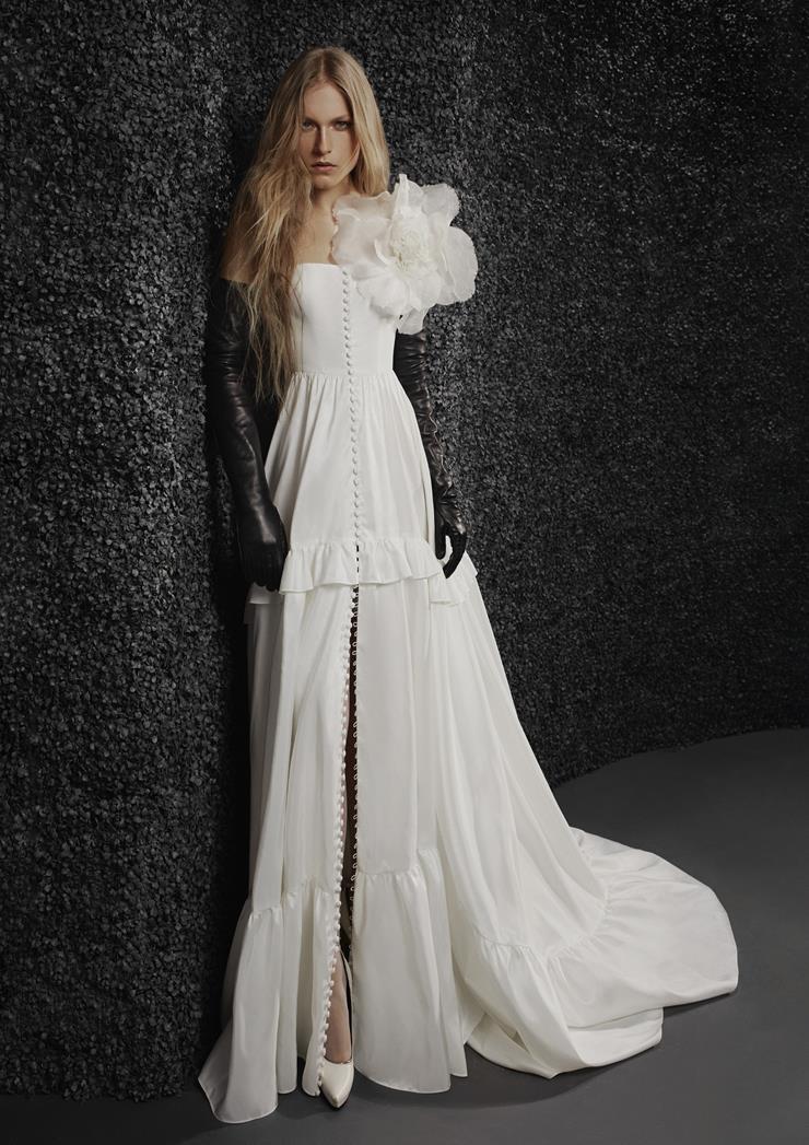 Vera Wang Bride Style #Laetitia Image
