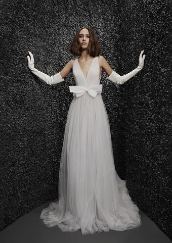 Vera Wang Bride Noelle