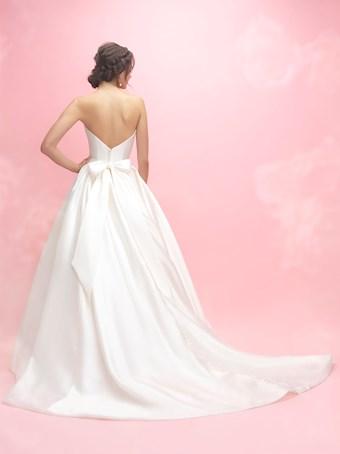 Allure Romance 3065