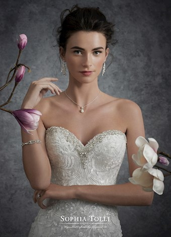 Sophia Tolli Y21757