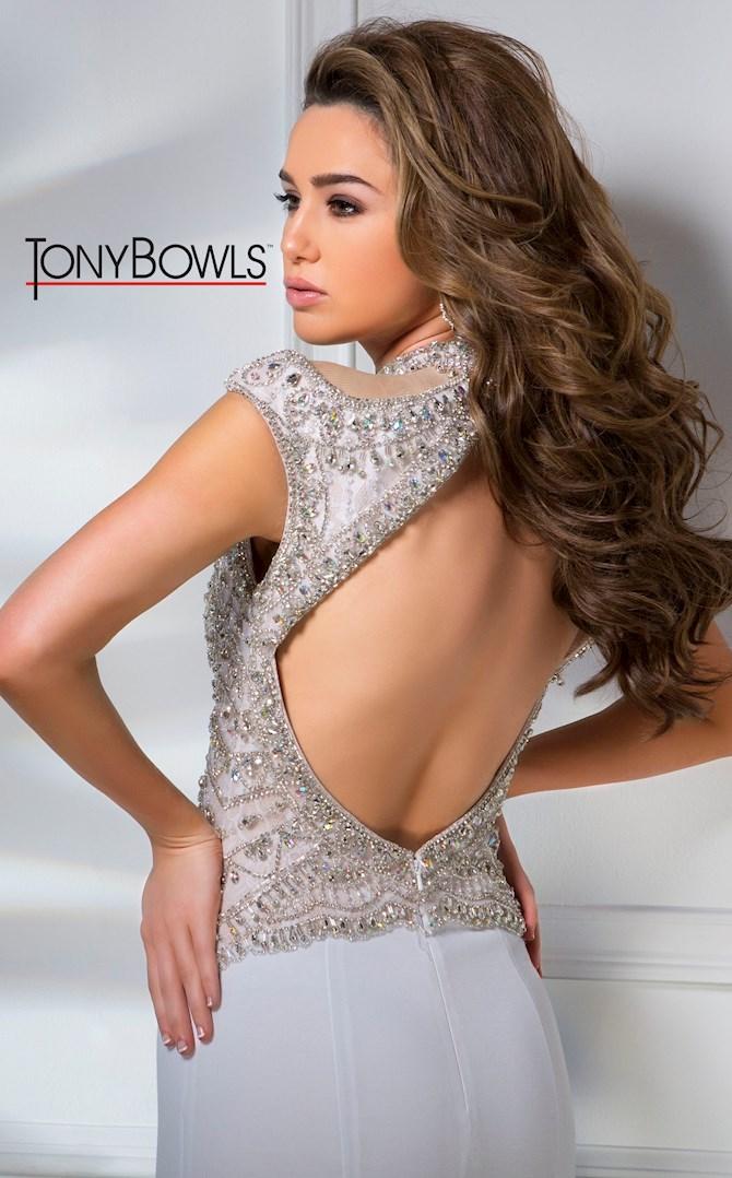 Tony Bowls TB216102