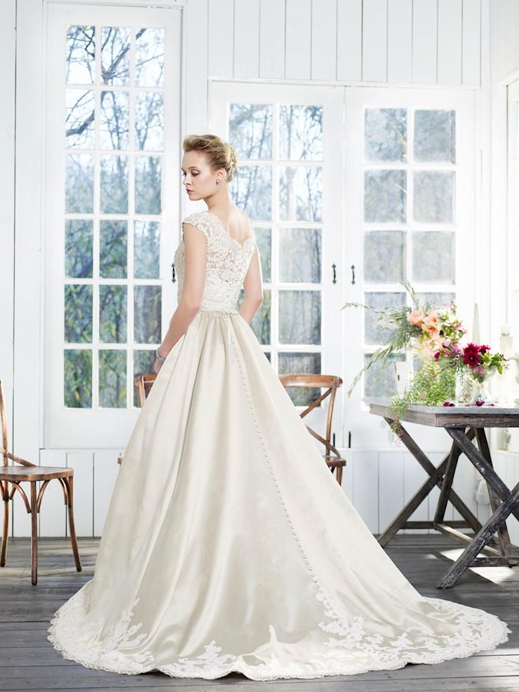 Casablanca Bridal Style #2260  Image