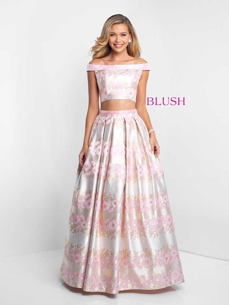 Blush 5657