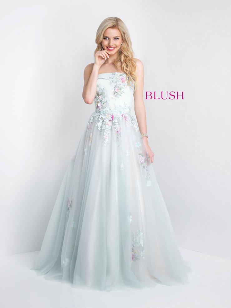 Blush 5676