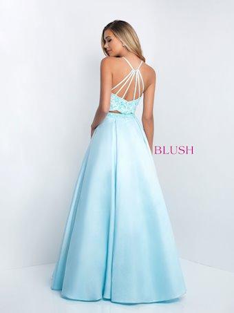 Blush 5679