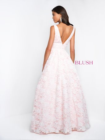 Blush 5682