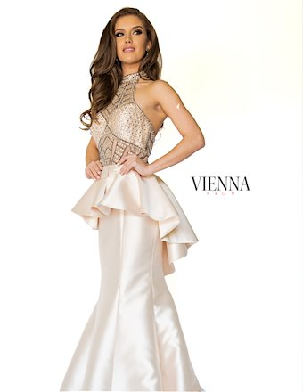 Vienna Prom 8235