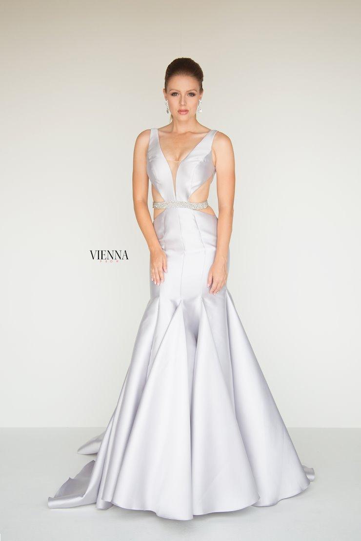 Vienna Prom 8280