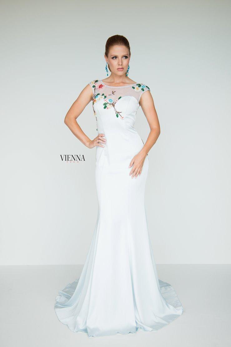 Vienna Prom 8438