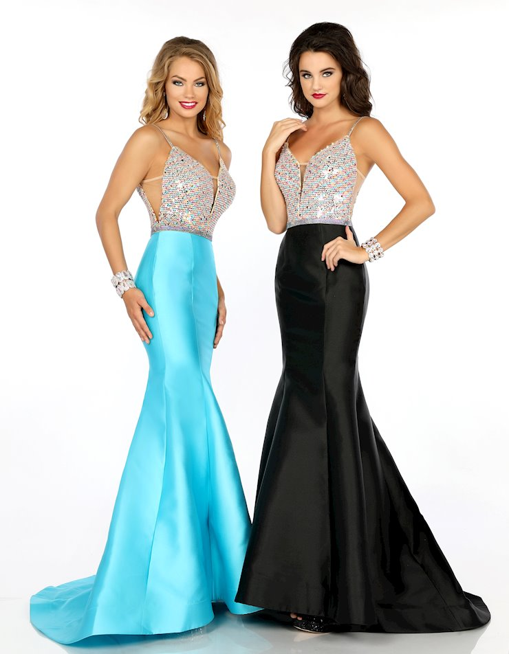 Envious Couture Prom 18036
