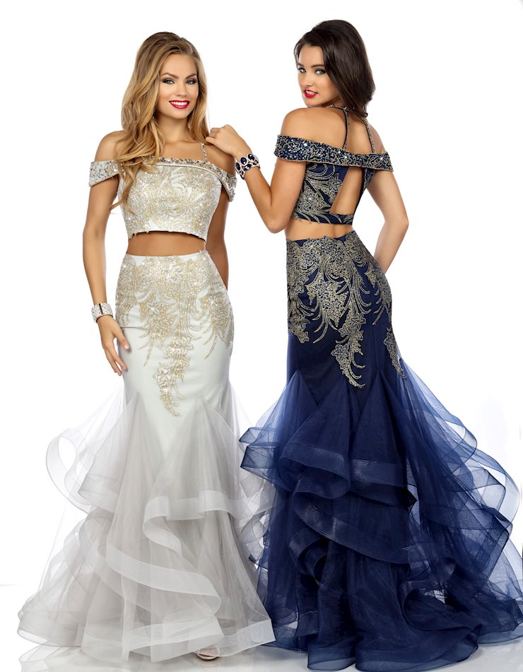 Envious Couture Prom 18135