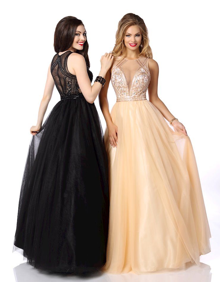 Envious Couture Prom 18152