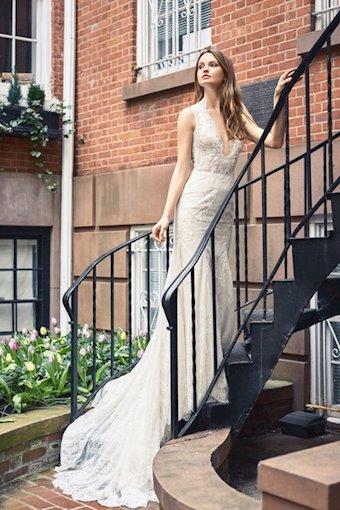 Bliss Monique Lhuillier style no. BL18125