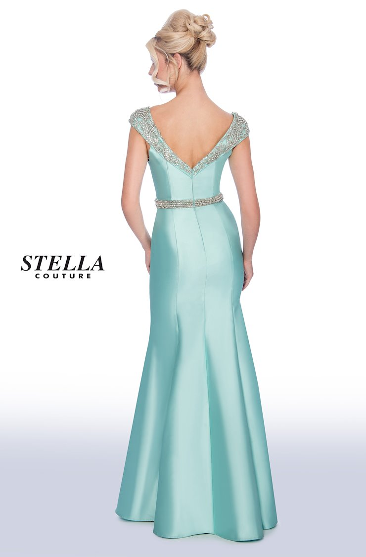 Stella Couture Style 17079