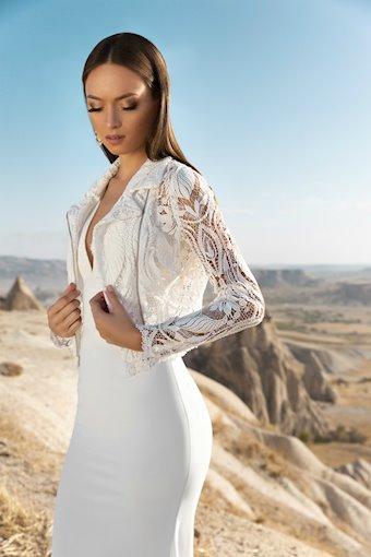 Eva Lendel Style #Lace